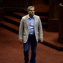 Diputado Rincón suspende lanzamiento de su campaña a reelección tras funa por violencia de género