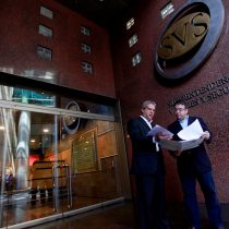 Indagan vínculo entre abogado ligado a SQM con diputados Rincón y Silber para operar contra Piñera