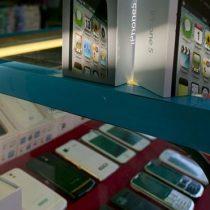 ¿Samsung Galaxy o iPhone de imitación? 3 claves simples para identificar si un teléfono celular es falso