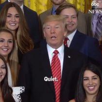[VIDEO] Donald Trump hace callar a periodista durante sesión de fotos en la Casa Blanca