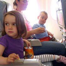 8 tips para cuidar la salud de los niños cuando viajas