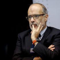 Mercado sigue en vilo ante la continua incertidumbre del futuro del ministro Valdés y el equipo económico del gobierno