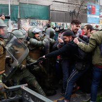 [FOTOS] Incidentes con Carabineros opacan marcha