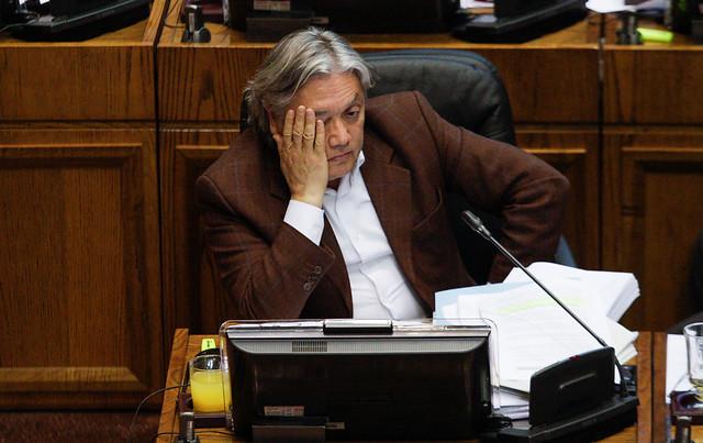 Corte ordena embargo de bienes del senador Navarro