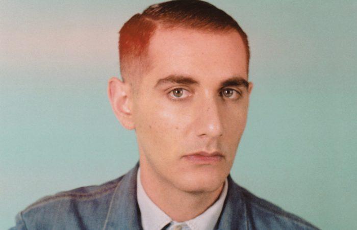 """Alex Anwandter edita su exitoso álbum """"Amiga"""" en formato vinilo"""