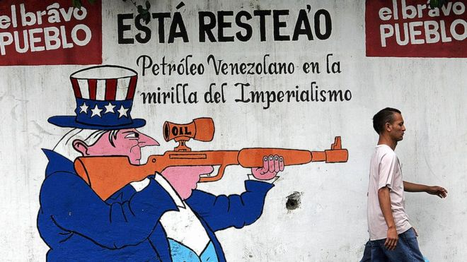 Por qué Estados Unidos ha evitado (hasta ahora) sancionar al sector petrolero de Venezuela