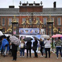[VIDEO] El Palacio de Kensington se llena de homenajes a Diana de Gales por el aniversario de su muerte