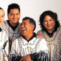 El emblemático grupo boliviano Los Kjarkas en Santiago y La Serena