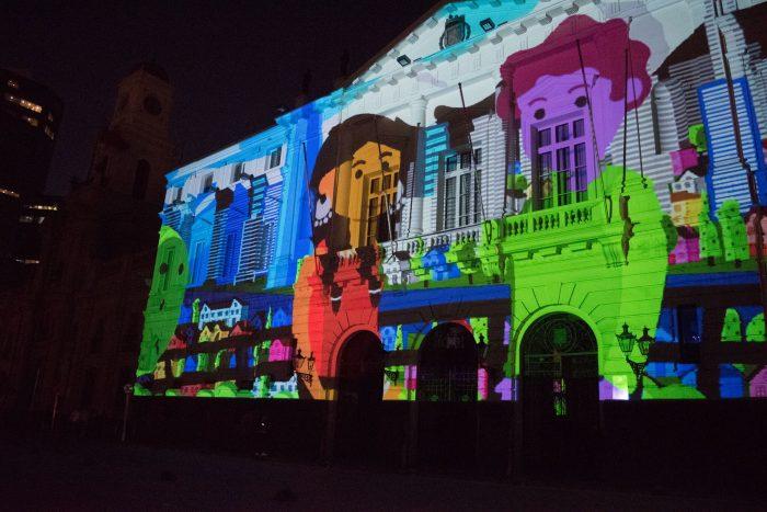 """Video Mappin """"Yo Soy Santiago"""" en Palacio Schacht, Providencia"""