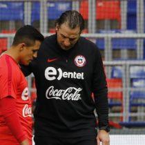 Más complicaciones para Pizzi: Alexis pide permiso para ausentarse de la práctica antes de duelo ante Paraguay