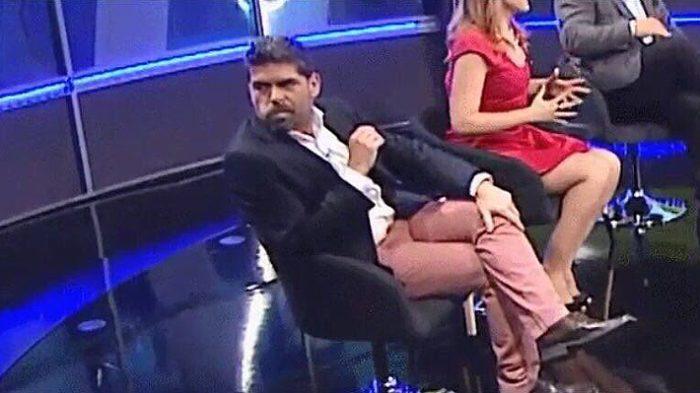 Le costó caro vulgar gesto a Romai Ugarte: habría sido despedido del CDF