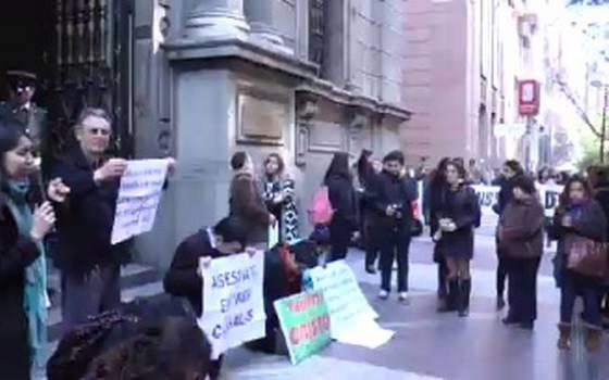 Incidentes afuera del Tribunal Constitucional tras inicio de audiencias públicas por proyecto de aborto 3 causales