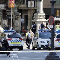Terrorismo en Barcelona y las dudas que genera Trump remecen mercados