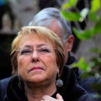 """Bachelet rechaza anuncio de Piñera sobre ley de aborto: """"Las minorías no pueden cambiar la decisión de las mayorías"""""""