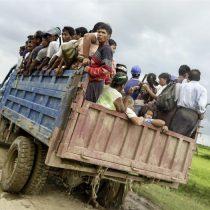 Un centenar de muertos y decenas de refugiados dejan ataques de la minoría rohinyá en Birmania