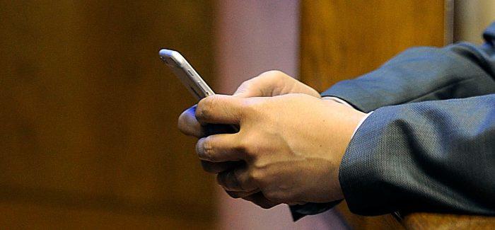 Duro golpe a empresas de telecomunicaciones: Subtel congela uso de banda para desarrollo de 5G