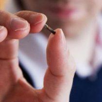 Estos son los riesgos de implantarte un microchip en el cuerpo (probablemente no son los que piensas)