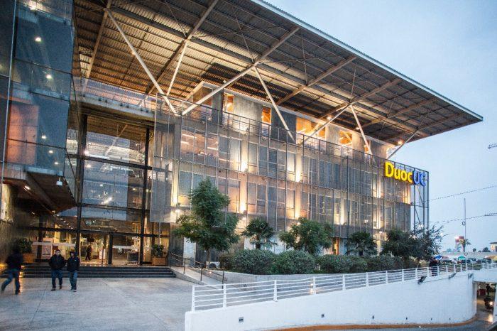 Duoc UC se acredita en Vinculación con el Medio y obtiene siete años de acreditación institucional