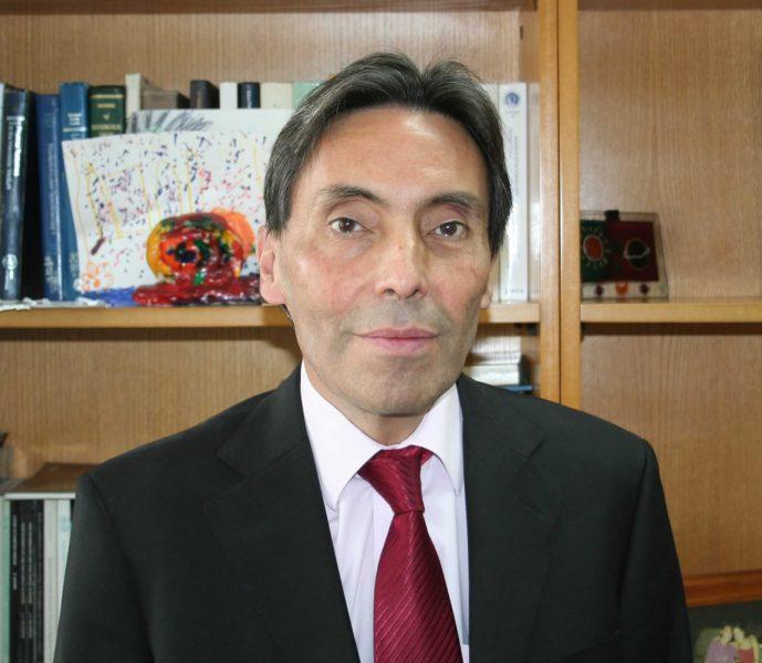 Revista científica astronómica de EEUU entrevista a Premio Nacional Guido Garay