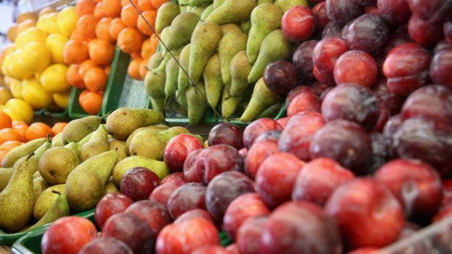 Qué beneficios se obtiene de las frutas durante el verano