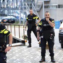 Policía holandesa detiene a español con cilindros de gas cerca de sala de conciertos en Rotterdam