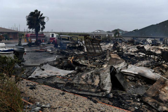 EE.UU: Harvey no da tregua y avanza hacia Luisiana tras devastar el sureste de Texas
