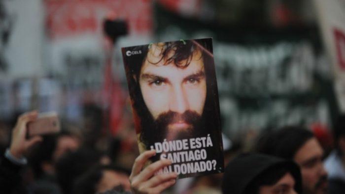 Santiago Maldonado: la desaparición del activista mapuche que divide al pueblo argentino
