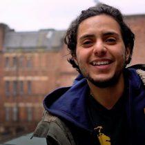 """[VIDEO] """"La última vez que vi a mi madre yo tenía cuerpo de niña"""": la joven que escapó de Egipto para transformarse en un hombre"""