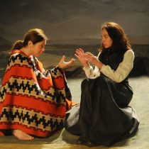 "Premiada obra ""Xuárez"" en Teatro UC"