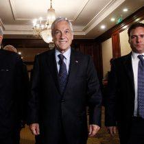 Solo faltó el bombo de barra brava de los empresarios más poderosos de Chile en acto de campaña de Piñera y Vargas Llosa
