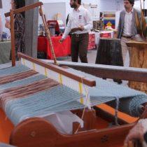 Invitan a votar por uno de los 15 artesanos que rinden homenaje a Violeta Parra