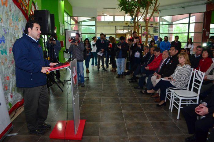 Ministro de Energía inaugura nuevos techos solares en el Instituto Teletón del Maule