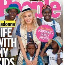 """Madonna rompe el silencio sobre sus adopciones: """"Lloraba hasta dormirme"""""""