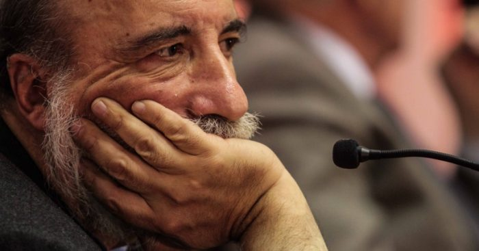 Raúl Zurita ganó Premio Iberoamericano de Letras Jose Donoso 2017