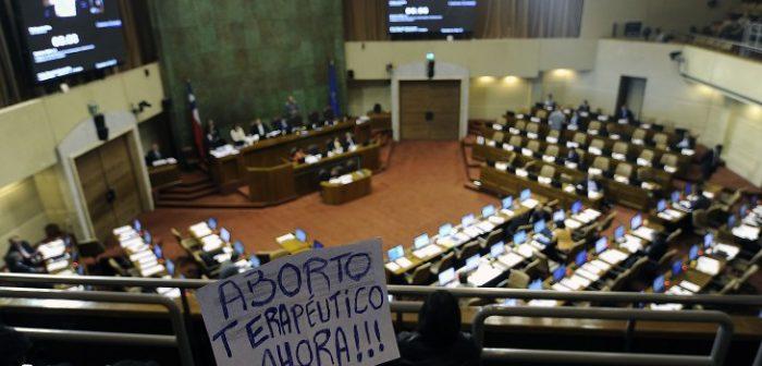 Ley que despenaliza el aborto en 3 causales fue publicada en Diario Oficial
