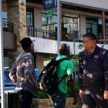 Denuncian discriminación racista en mall ABC1: expulsan a trabajadores haitianos de una plaza pública