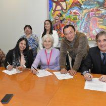 Familias de Coronel firman inédito acuerdo con Enel Generación Chile