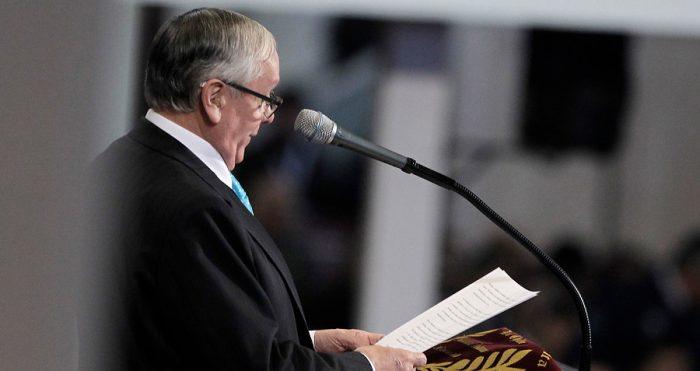 El peor momento de Eduardo Durán, el obispo evangélico favorito de La Moneda