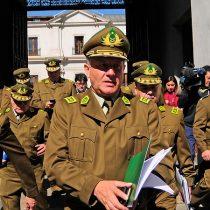 Abrir cuentas corrientes: Fiscalía estrecha el cerco al alto mando de Carabineros