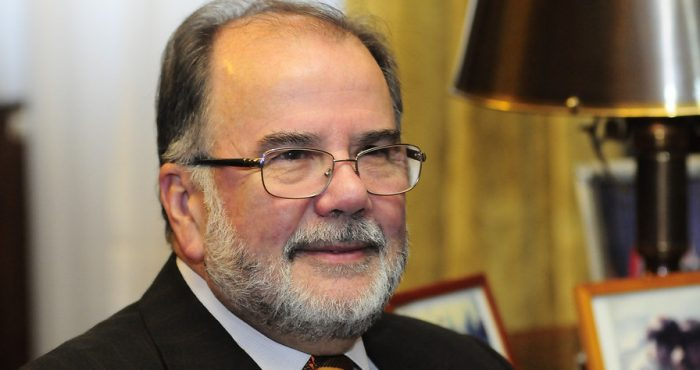 Rodríguez Grossi, el zar de las termoeléctricas, rompe prescindencia electoral de ministros y apoya a Carolina Goic