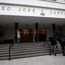 Matthei retrocede y suspende cierre de jornada vespertina del Liceo Lastarria