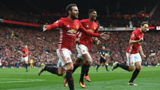 Manchester United desea vender derechos de TV a Netflix o Amazon