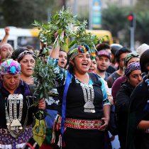 Violencia hacia la mujer mapuche y de pueblos originarios