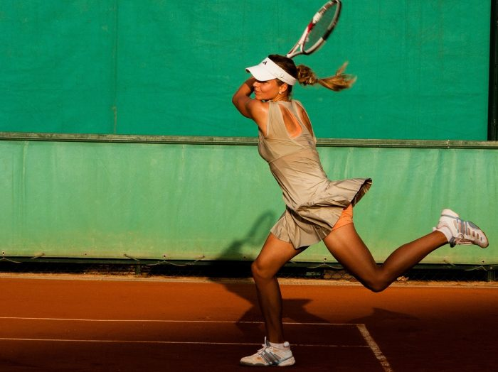 Beneficios físicos y mentales del tenis para las mujeres