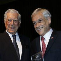 La derecha cavernaria: la estratégica jugada de Vargas Llosa que le permite a Piñera apuntar al centro