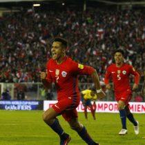Alexis mantiene vivo a Chile y deja a