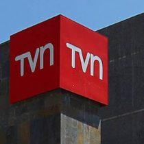 Llegada de periodista Cony Stipicic a TVN desata nueva crisis en el canal estatal