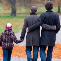 Suprema da espaldarazo a proyecto de adopción homoparental en informe al Senado sobre inscripción de menores