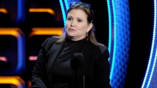 "El simbólico y desagradable ""regalo"" de la actriz Carrie Fisher a un productor de cine sexualmente abusivo"