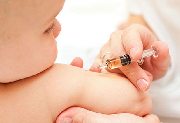 Todo sobre el mortal coqueluche: síntomas, tratamiento, prevención y qué tienen que ver los antivacunas